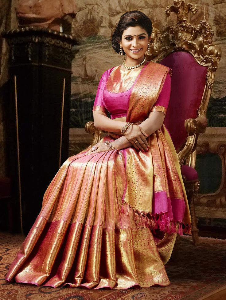 1353 best traditional sarees images on Pinterest | Silk sarees ...