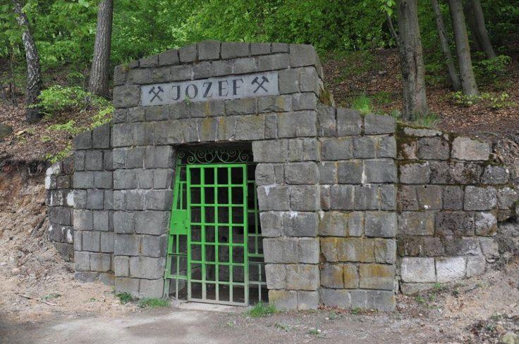 Entrance to Slovak opal mine http://www.opalovebane.com/vstup-od-opalovych-bani/