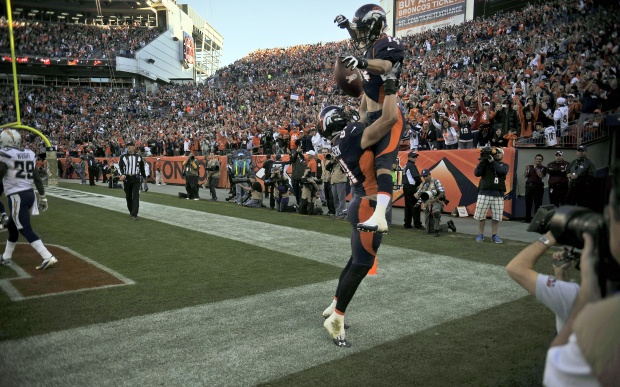 Brandon Stokley celebraties a touchdown during Broncos-Chargers game (11.18.2012)