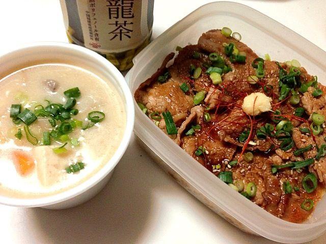 旦那さんの昼ご飯 粕汁は、昨日の晩ご飯のお残りです〜っ‼(笑) - 69件のもぐもぐ - 豚の生姜焼き丼と粕汁弁当っ‼ by taepyonpyon