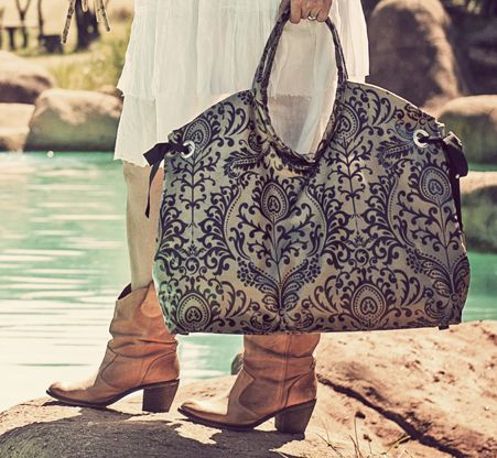beach bag [filigree empire black] throw in your beach towel, sunglasses, bathing costume, book and you're good to go! but don't just be seen with this bag on the beach or around the pool...also use it as a weekend tote or sleepover bag.