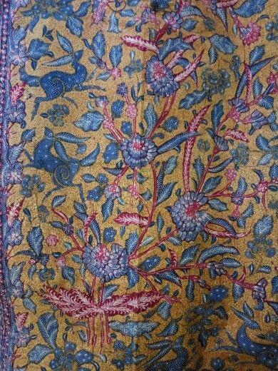 Vintage batik 3 negri Tjoa family with kancil design,Solo.