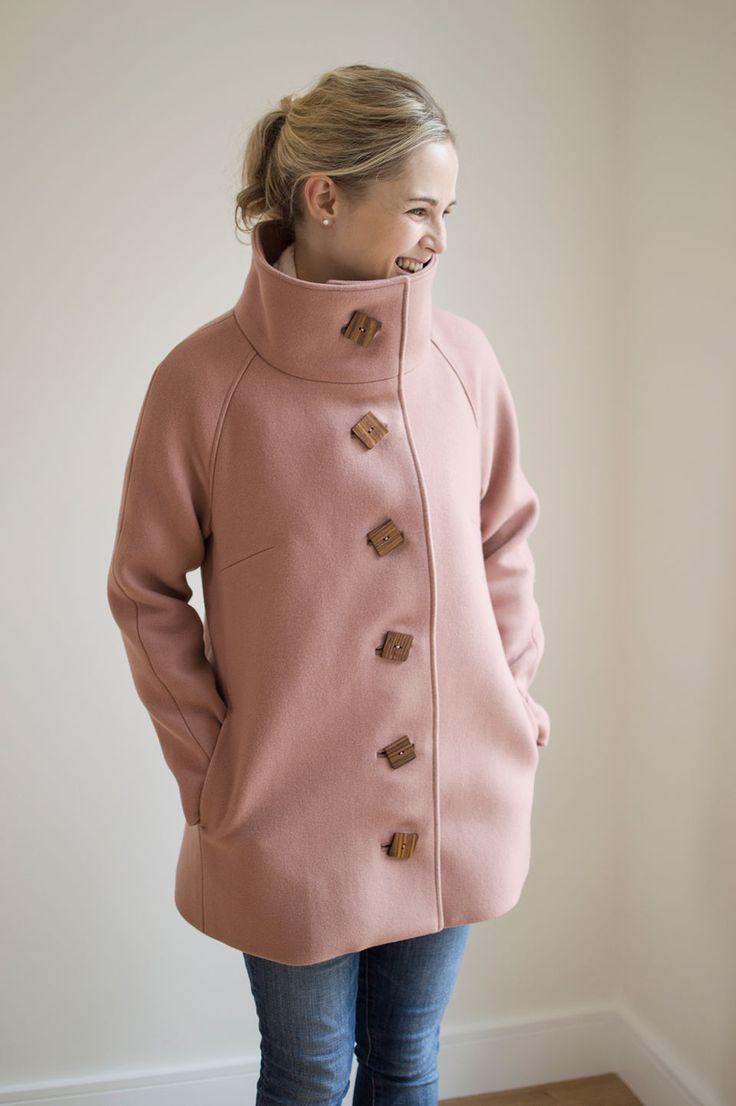 A beautiful coat by Lauren! Closet Case Patterns Clare Coat - Guthrie & Ghani - https://guthrie-ghani.co.uk/blog/close-case-patterns-clare-coat