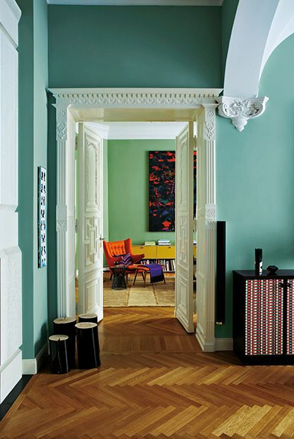5 tipps f r bunte w nde deko trends 2018 pinterest ver nderung wandfarbe und sofa. Black Bedroom Furniture Sets. Home Design Ideas