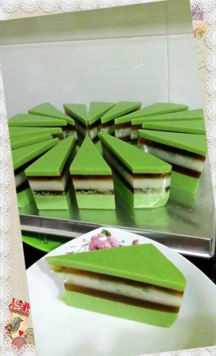 Singapore Home Cooks: Chendol & Gula Melaka Layer Pudding Cake by May Ch...