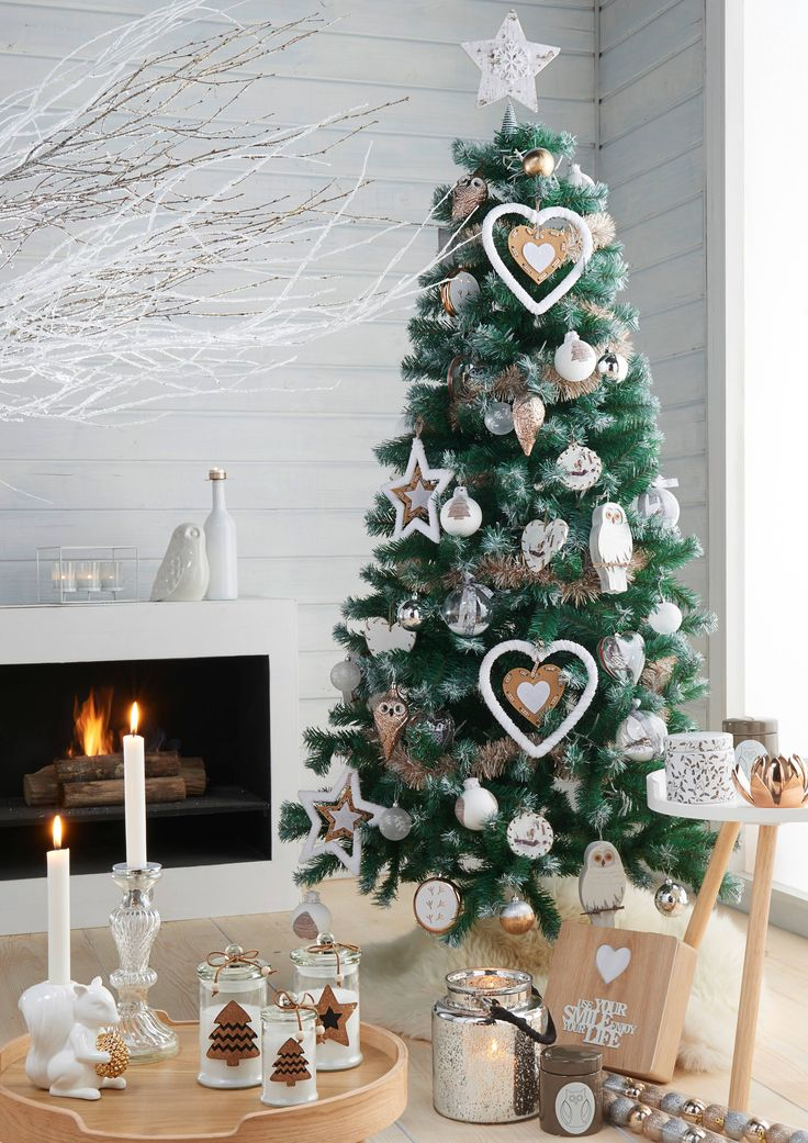 sapin de no l original enneig carrefour deco no l nature pinterest sapin de noel. Black Bedroom Furniture Sets. Home Design Ideas