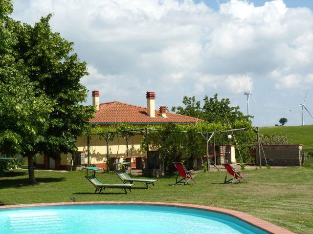 Ferienhaus mit Pool + 1000 m2 eingezäuntem Garten in Italien