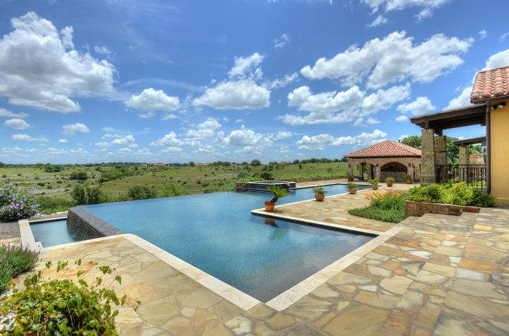 Today's #farmandranchfriday is an absolutely spectacular property on Diamond E Ranch.