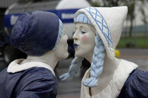Greetings from Holland : levend standbeeld bij Sylvia Sierhuis Entertainment