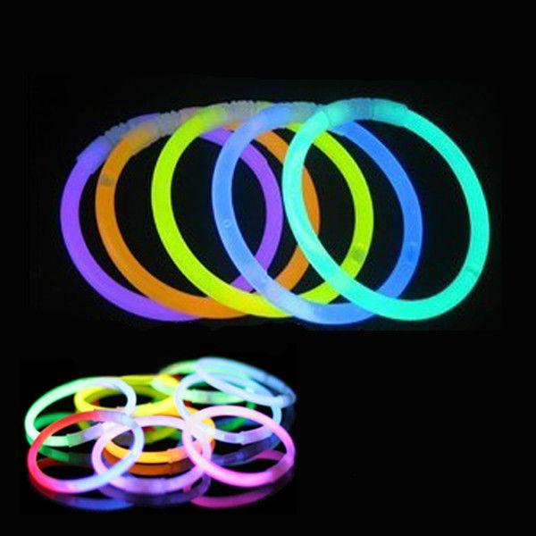 Sale 23% (137.23$) - 1000x Tube Glow Stick Batons Fluo Lumineux MULTICOULEUR Bracelets Bar Touilleur