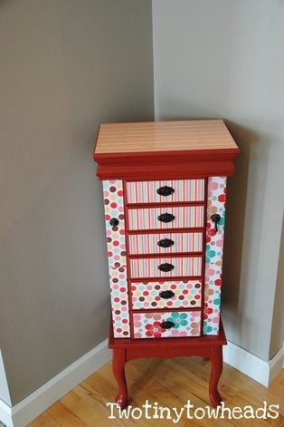 Old jewelry box gets makeover