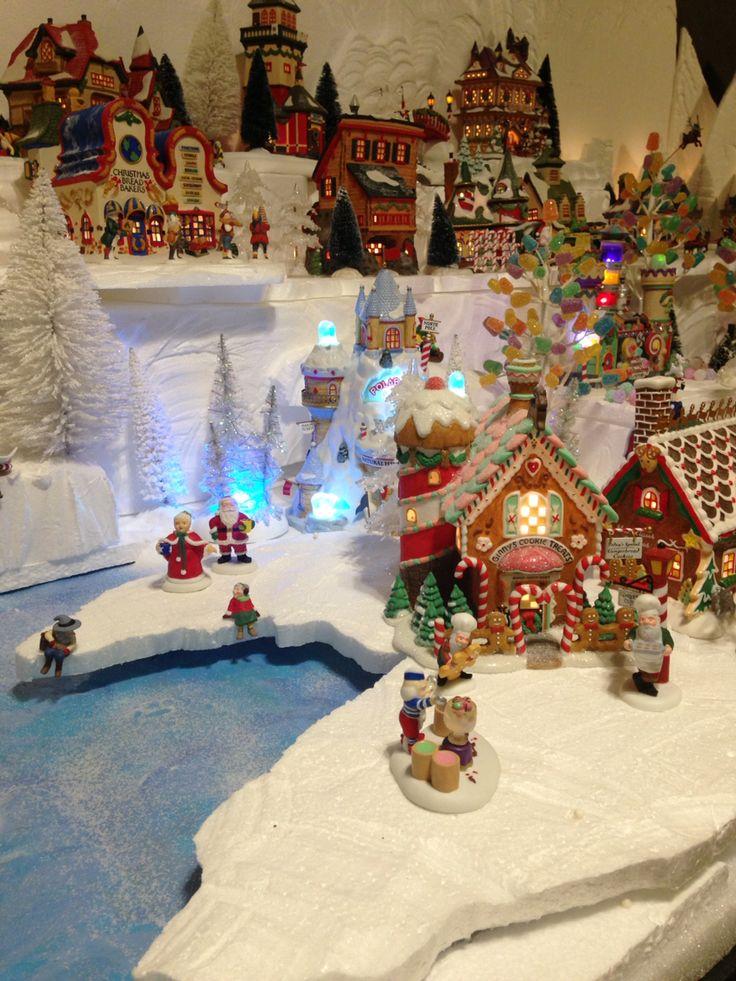 2015 department 56 North Pole village