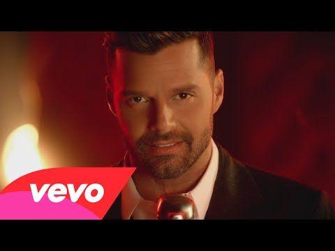 Te tengo que decir adiós. Me estoy volviendo loca, Loca, loca, loca, loca por tu amor. ¡ADIÓS! Ricky Martin - Adiós (Official Video)