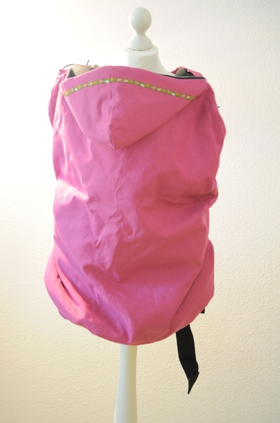 Wunderschönes, praktisches Tragecover in pink