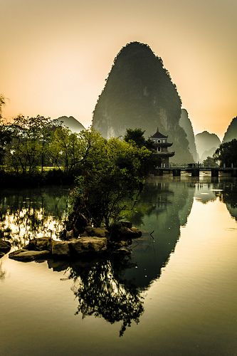 Ming Shi Tian Yuen 32 - Guangxi, China by wilsonchong888, via Flickr