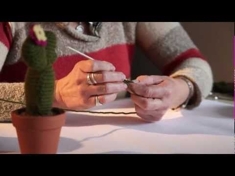 ▶ Hacelo vos misma: cactus de crochet - YouTube