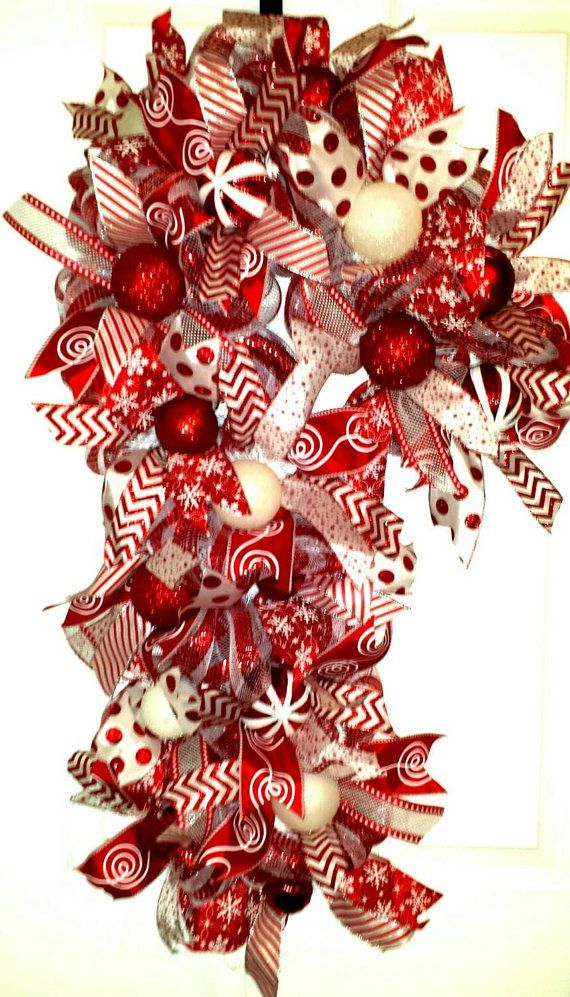 Candy Cane, Candy Cane Wreath, Candy Cane Door Wreath, Christmas Candy Cane