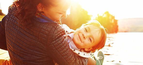 Το Μοντεσσοριανό Σύστημα είναι μία από τις πιο γνωστές μεθόδους διαπαιδαγώγησης παγκοσμίως. Δείτε ποιος είναι ο δεκάλογος με τους κανόνες που πρέπει να εφαρμόζουν γονείς και παιδαγωγοί.