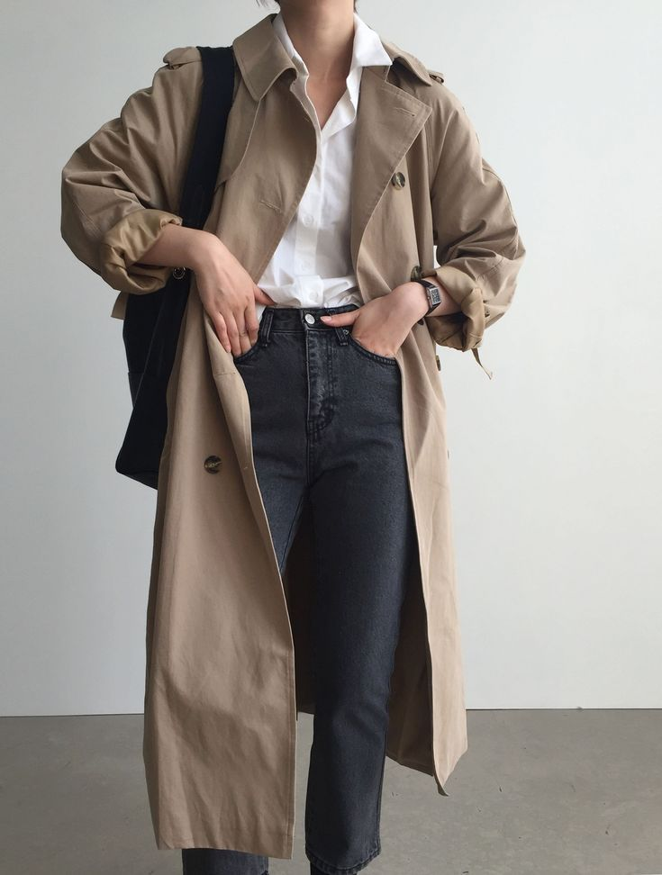 30+ Minimalistic Outfit Ideas for Fall #trench #minimal