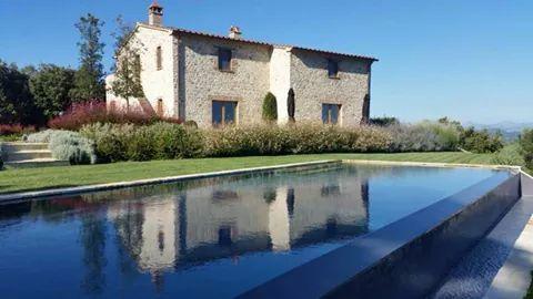 Santa Croce at the Murlo Estate
