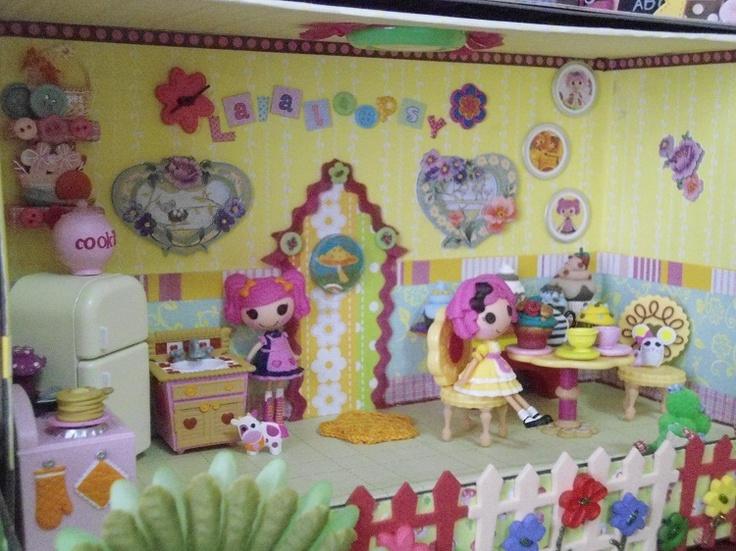 Lalaloopsy Dollhouse DIY. Like The Colors And Fun Ideas.