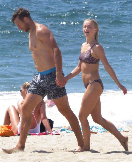 Julianne Hough and new husband Brooks Laich showed off their beach style over Labor Day weekend
