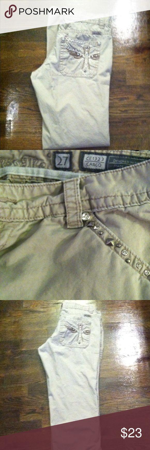Khaki Miss Mes Casual khaki Miss Me pants!! Super comfortable!!! Miss Me Pants