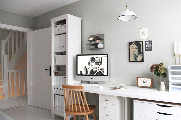 Arbeitszimmer In Grun Grau Wandfarbe Www Kolorat De Kolorat Wandfarbe Streichen Buro Homeoffice Zimmereinrichtung Wandfarbe Arbeitszimmerideen