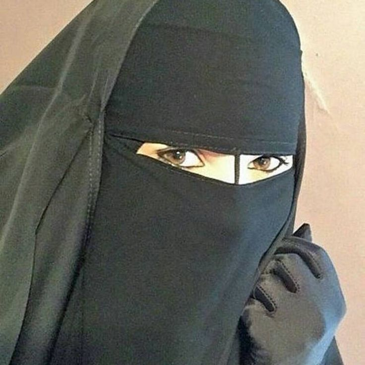 "58 Likes, 2 Comments - @kamilla3662 on Instagram: ""🌺🌺 #хиджаб #никаб #Дубай #ислам #хадж #Медина #мекка #улыбка #сунна #hidjab #niqab #Medina #selfie…"""