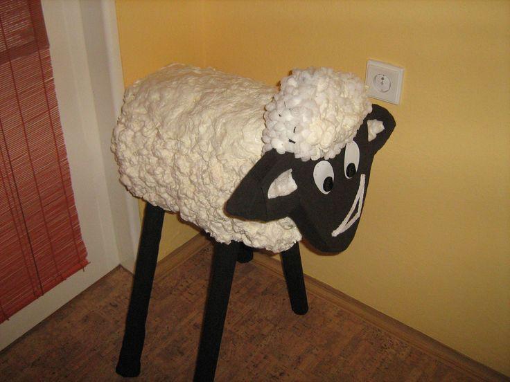 Ovečka ze stavební pěny. Easter sheep.