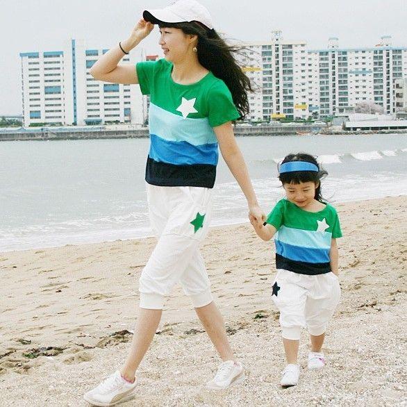 Anne ve kızı 2013 ailesi ayarlamak çok renkli şerit seti için anne ve oğul giysiler için Aile moda yazlık giysiler $18.00 - 21.00