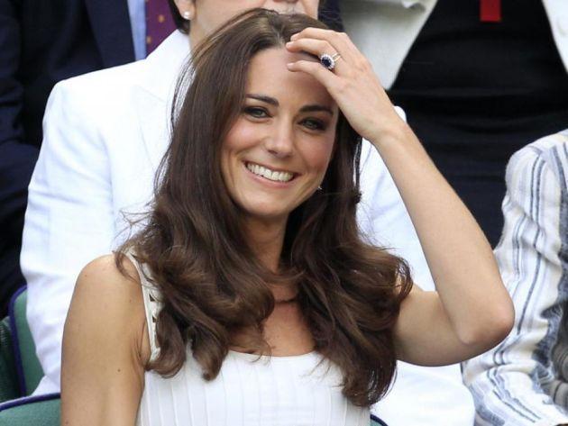 Ducesa de Cambridge a născut un băieţel http://www.ziarulactualitatea.ro/eveniment/ducesa-de-cambridge-a-nascut-un-baietel/