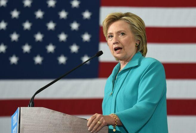 Hillary Clinton  LA CRIMINEL DES PAYS D'AFRIQUE DU NORD