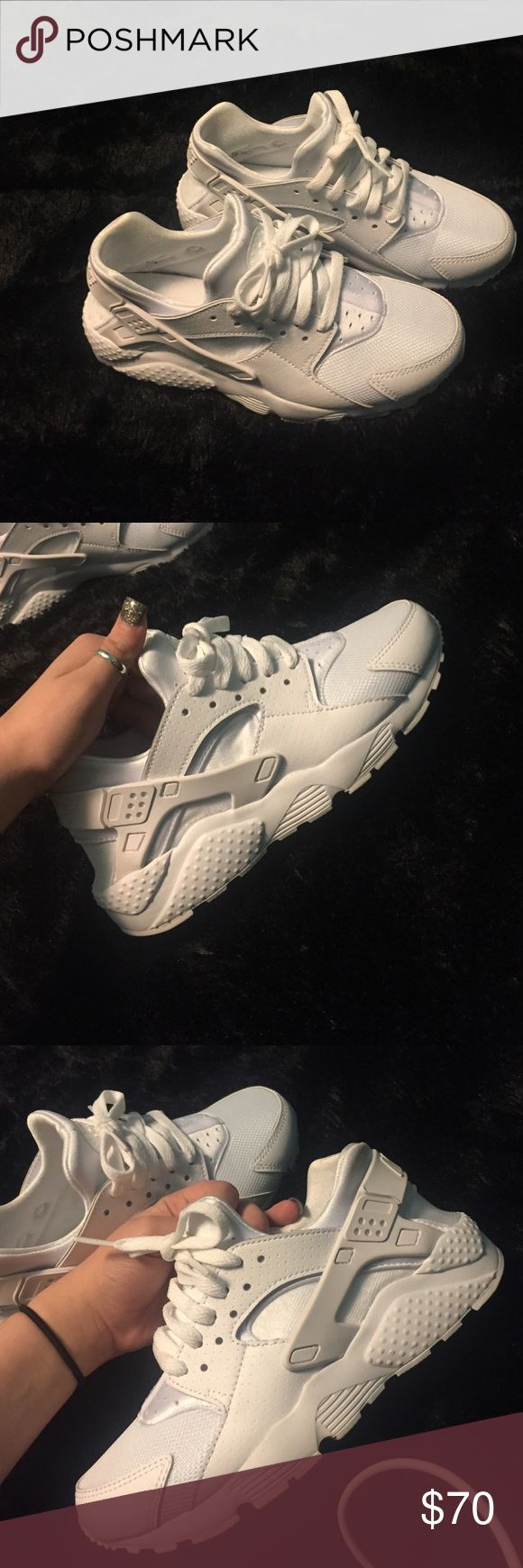 all white size 5 huaraches. bearly worn all white Nike Shoes Athletic Shoes