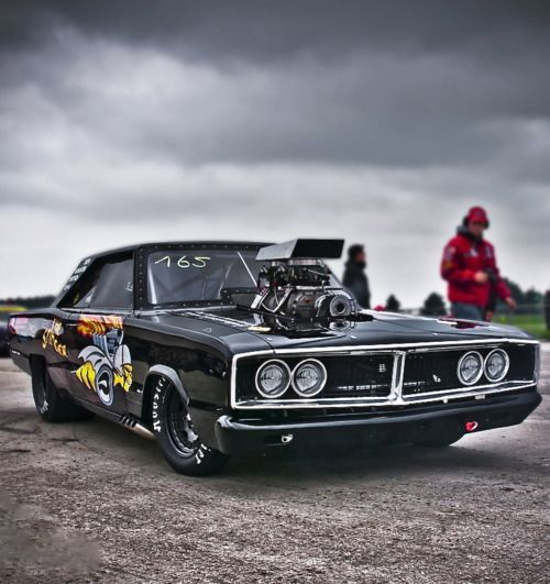 Mopar power, eight second Dodge Coronet aka The Stinger / S4S Global Drag Racing League.