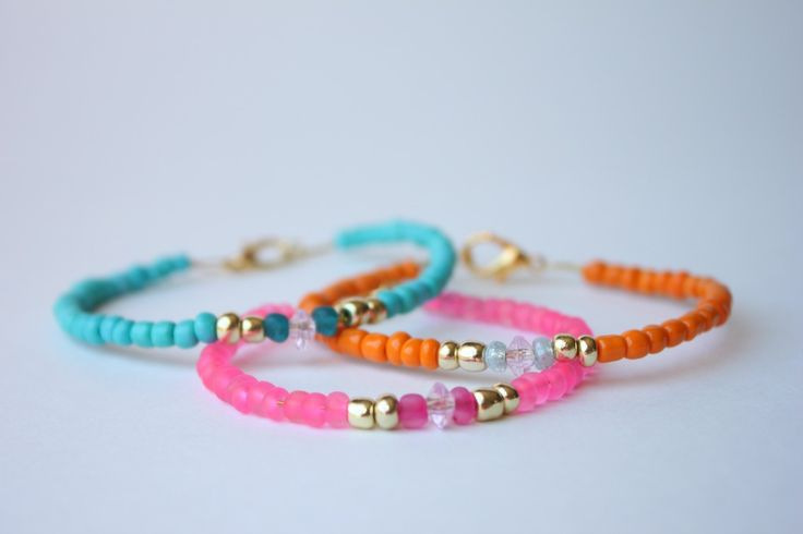 Delighted Momma: DIY Glass Beaded Bracelets - sounds like a fun project