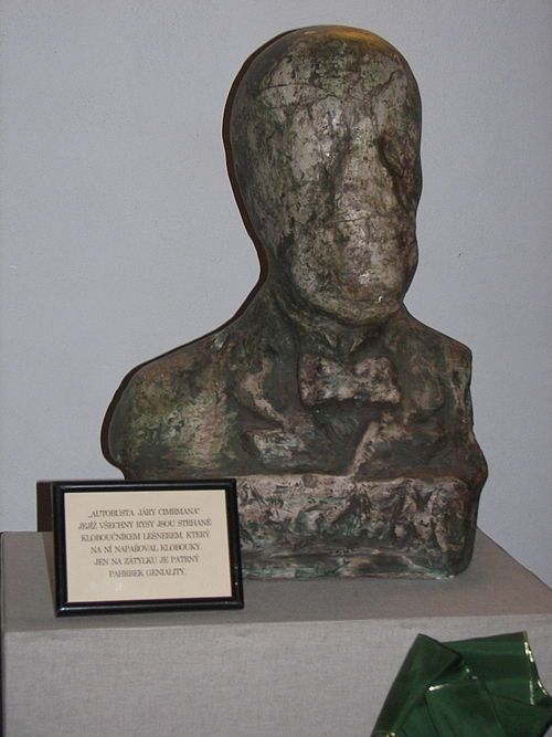 """Jára Cimrman, an alleged """"auto-bust"""" showing the bearer's """"worn-out features"""". Theatrical property of Divadlo Járy Cimrmana."""