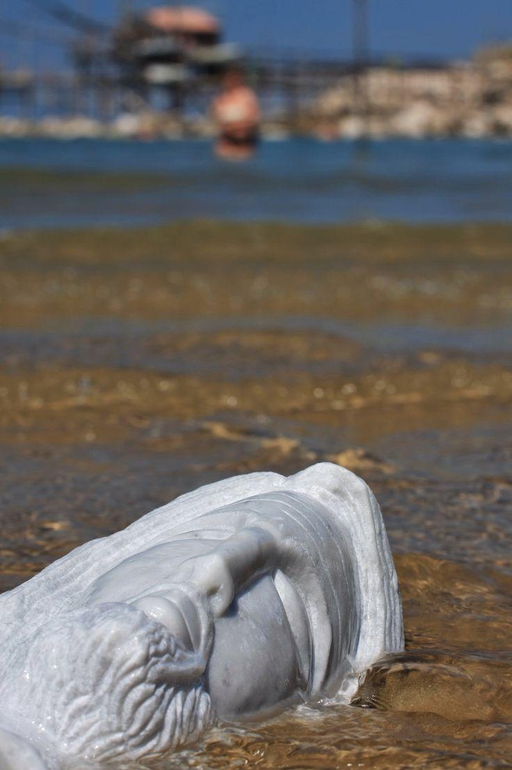 Delicato marmo #gfscultore #spiaggiapanfilo #arte #estate