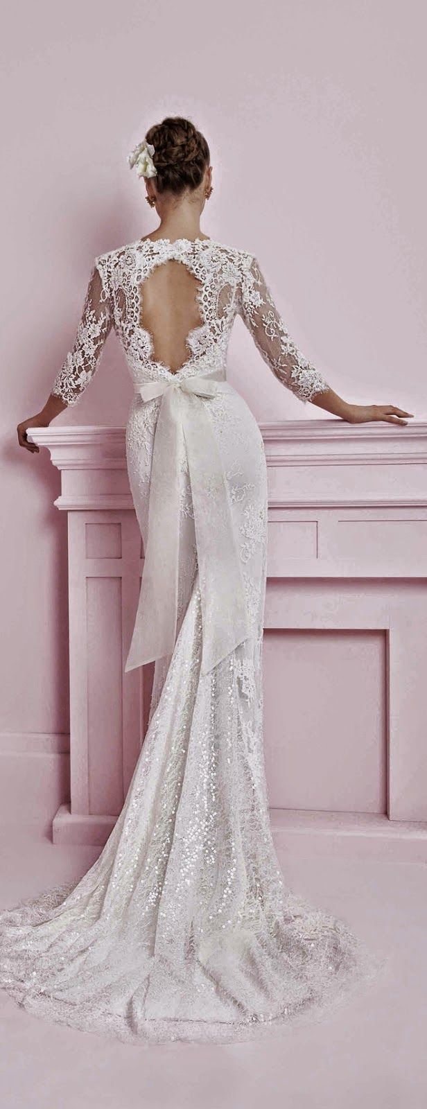 Winter Wedding Dresses - Sleeves are AMAZING for winter weddings