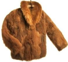 prendas de vestir con piel de animales