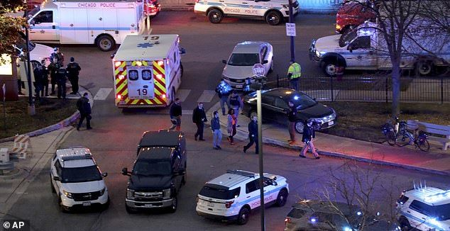Four Dead Including Police Officer At Chicago Hospital Shooting