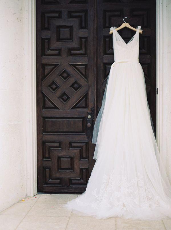 Vera Wang wedding dress - photo by nbarrett photography http://ruffledblog.com/texas-garden-wedding-at-dallas-arboretum