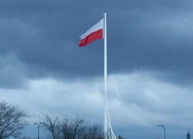 David Cameron condemns the xenophobic attacks on Poles http://wirtualnaanglia.pl/david-cameron-potepia-ksenofobiczne-ataki-na-polakow/