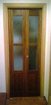 Fabrica de Puertas Plegadizas y Rebatibles en madera y placas. Trabajos de Vitrales en puertas