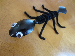 """Ant Craft for """"Digging Into Reading"""" SRP. Other great ideas on this site as well."""