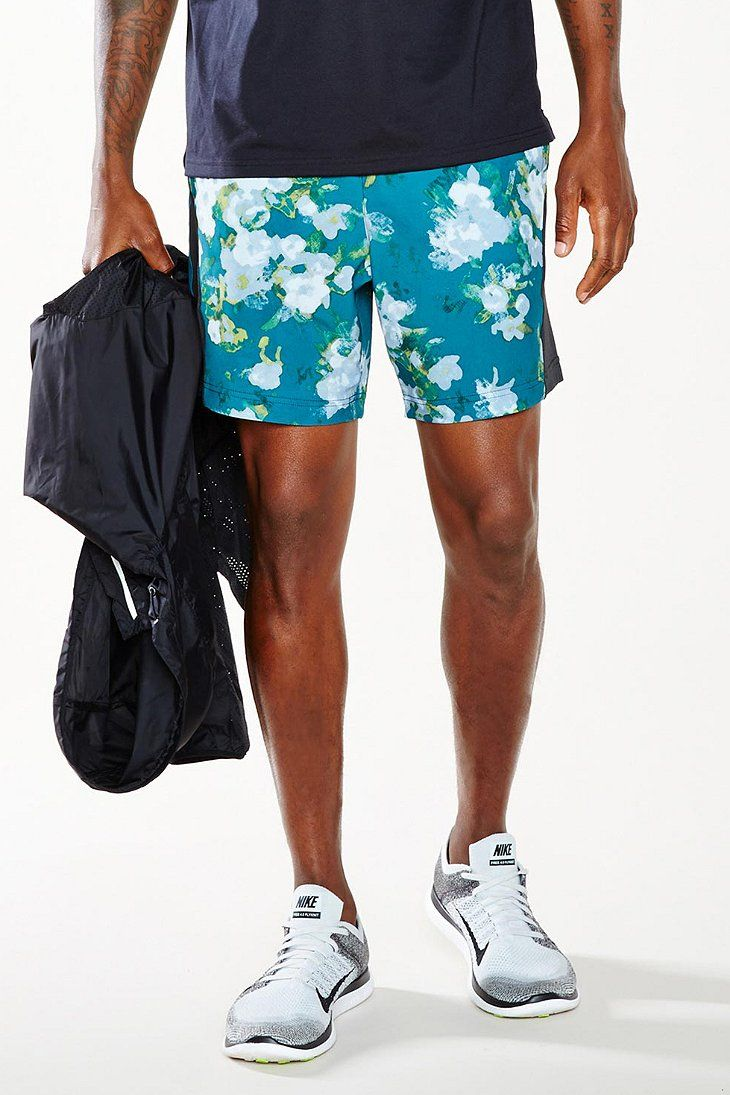 Without Walls Blurry Floral 7-Inch Multi-Training Short - Urban Outfitters