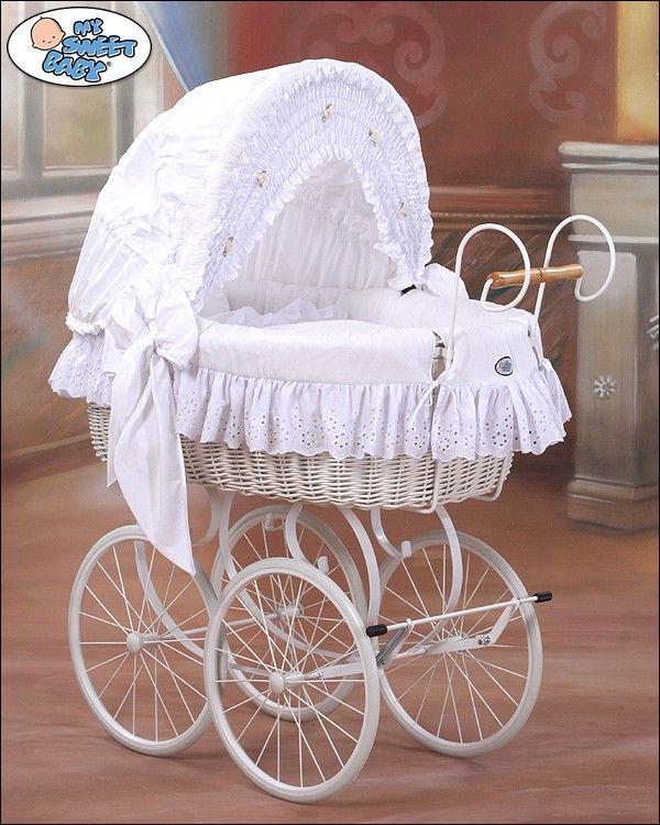 Wicker Crib Vintage Retro Moses Basket bassinet in White - BabyShoppingMarket.com #babyshoppingmarket #wicker #crib #retro #vintage