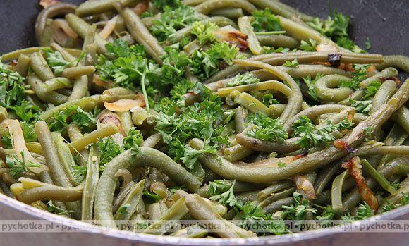 Fasolka szparagowa w sosie pietruszkowym
