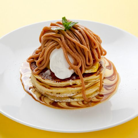 Pancake with Mont Blanc!! Kind of looks like pasta haha パンケーキ モンブラン