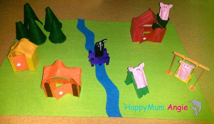 felt playmat: the three pigs and the wolf - our view